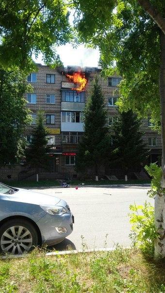 В Бугульме сумасшедший поджег балкон квартиры