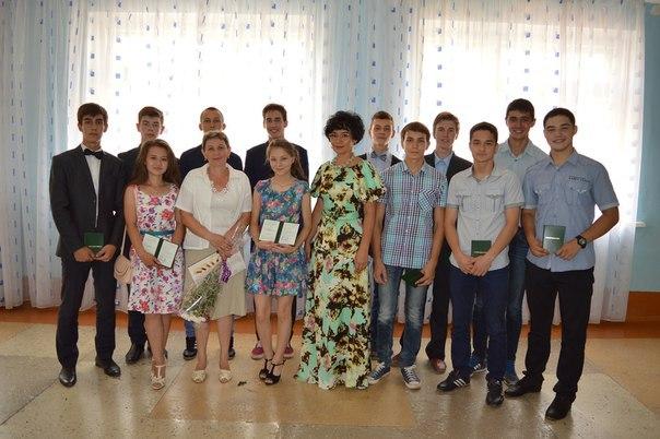 40 азнакаевских школьников окончили курсы «Введение в профессию»