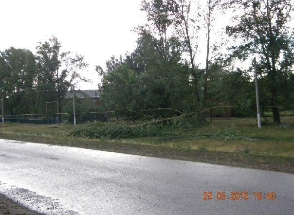 На Чистополь обрушился ураганный ветер с градом