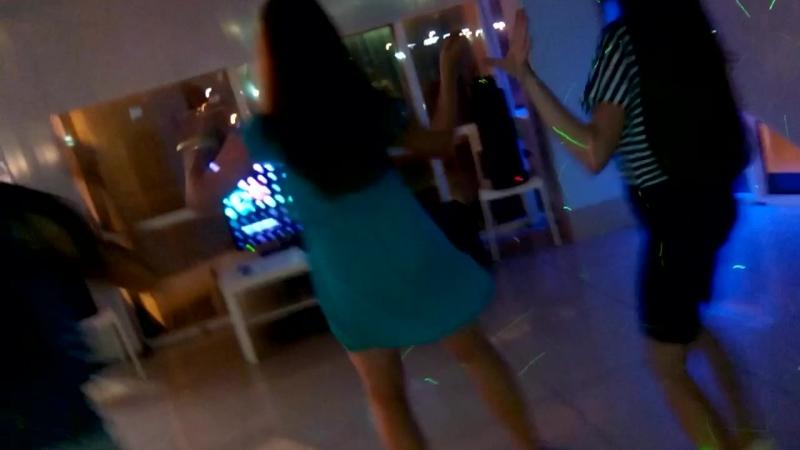Девушки Пуэрториканские танцы