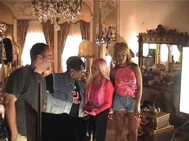 Missy Elliott, Lil Kim и Mary J Blige на съемках видео No Matter What They Say