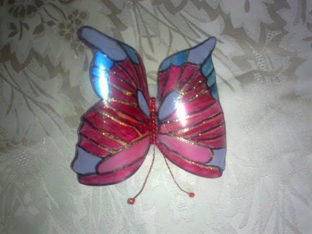 Бабочка из пластиковой бутылки. Butterfly out of a plastic bottle.