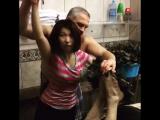 Василий Ляхов делится секретами банного мастерства с парильщиками