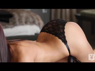 Стриптиз молоденькой девушки |kimberly kisselovich | эротика-hd видео