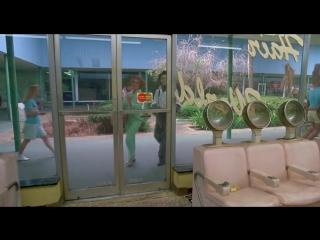 Эдвард руки-ножницы Edward Scissorhands Тим Б ртон 1990 ( фэнтези, драма, мелодрама США) vk.com superfilmz - 720x540