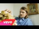 Weezer - Thank God for Girls (Lyric Video)