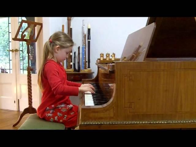 Sonata in E-flat major by Alma Deutscher (aged 6) - I moderato (composed Nov 2011)