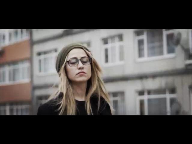 """Selen Öztürk on Instagram """"Video by @zeuskabadayi 🙏 .. Keyfimize göre 🎶 @canyayinlari 🌱"""""""