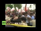 Индия: столкновения демонстрантов с полицией за пределами дома голливудской звезды Салмана Хана.