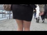 SEXY GIRL !!! BIG ASS !!! Сексуальная девушка в мини-юбке !!!