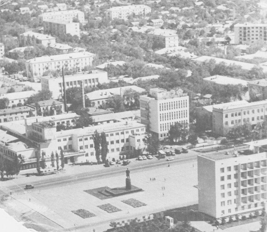 Площадь Ленина. 1974 год.