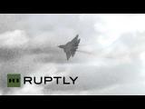 Россия: Новые T-50 прототип взмывает в небо на Aviadarts-2015.