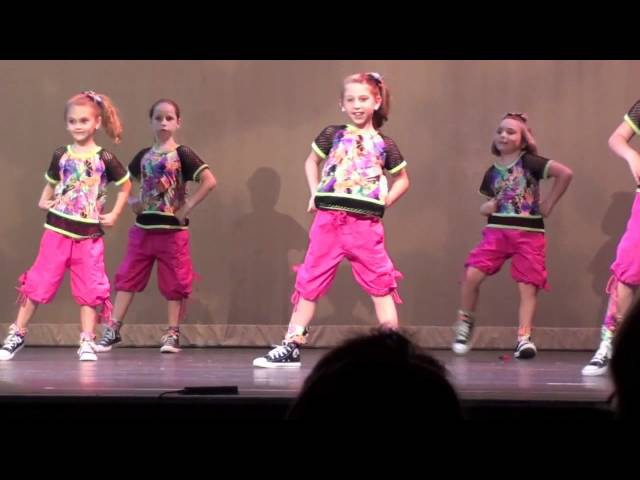 Girls on The Dance Floor - Hip Hop Recital 2012