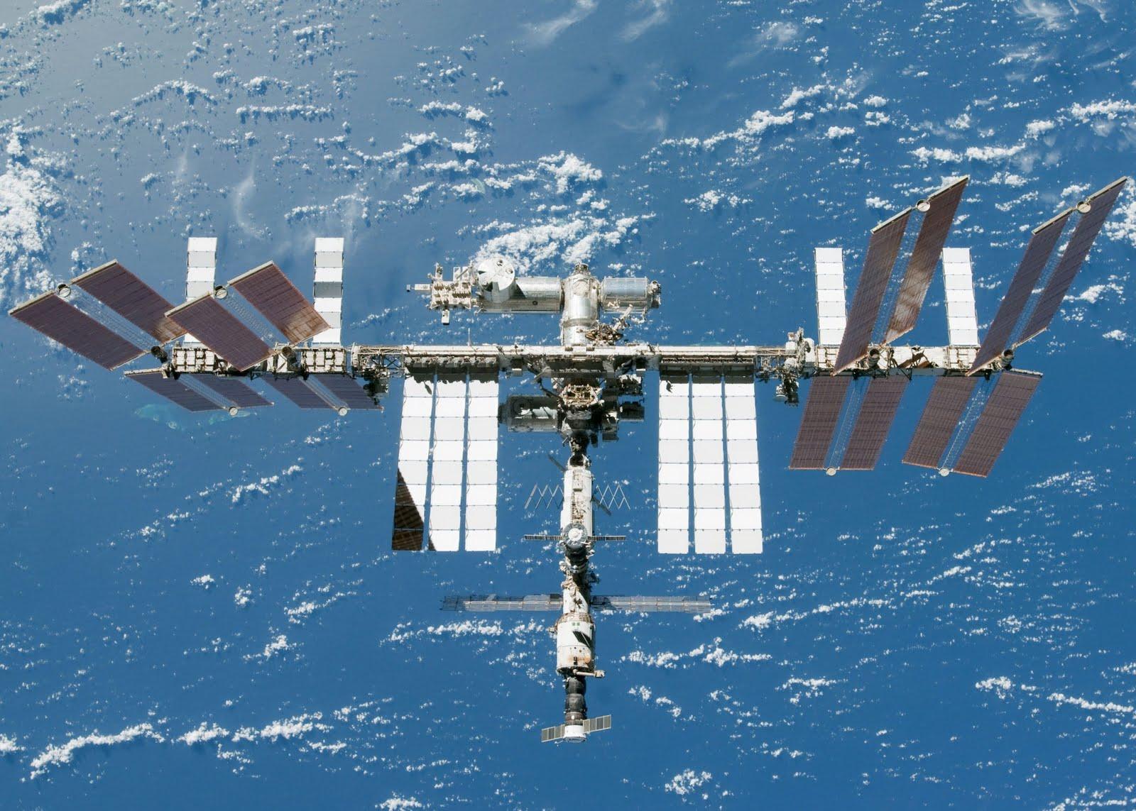Жители России смогут увидеть МКС на небе невооруженным глазом