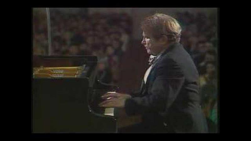 Gilels plays Rachmaninoff Prelude Op. 23 No. 5