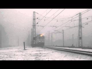 Позитивный машинист ЧС7-299 с пассажирским поездом