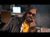 WATCH Snoop Smokes Weed &amp Freestyles On Air HPL