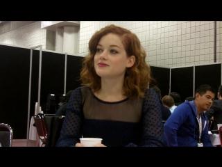 Интервью Джейн в пресс-рум на «NYCC 2012» о фильме «Зловещие Мертвецы» #2 (13.10.12)