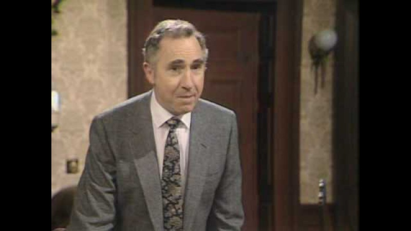Yes Minister Special Sketch (Christmas at the ministry)- 1982
