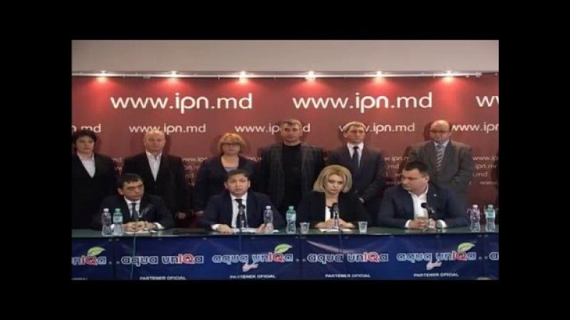Briefing IPN | Un grup de deputaţi părăseşte PCRM