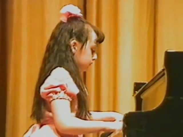 Alina Korshunova's Recital in Moscow. Alina is 9 years old!