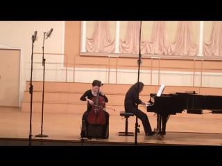 Отчётный концерт струнного отдела, 2015. Волкова Ульяна, 1 курс. Бреваль - соната g-dur, 1 часть.