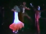 Dalida ♫ Monday Tuesday ( Laissez-moi Danser ) @ Palais des Sports '80