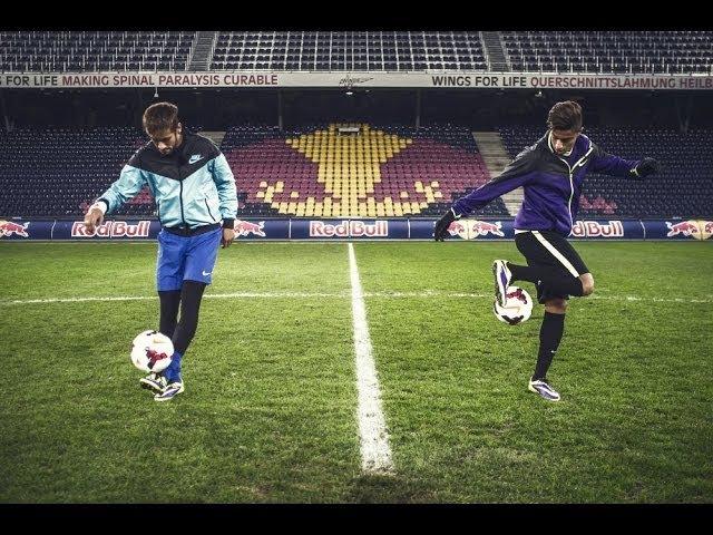 Hachim Mastour vs. Neymar Jr. - Freestyle football juggling battle