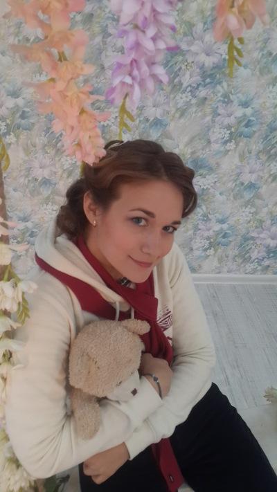 Аделя Закирова