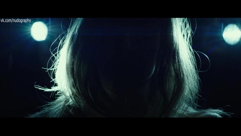 Эмма Уотсон (Emma Watson) голая в фильме Затмение (Regression, 2015, Алехандро Аменабар)