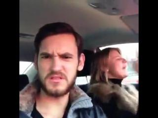 когда кто-то переключает твою любимую песню by Pasha Mikus (vine)