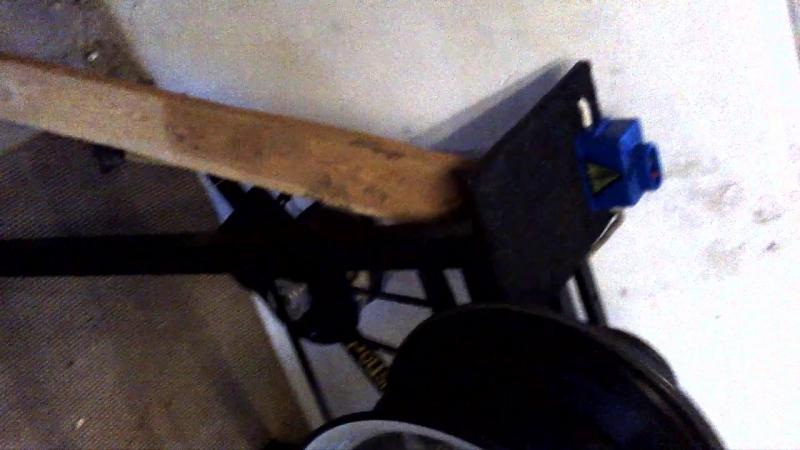 Станок для поліровки дисків, зроблений на коліні)