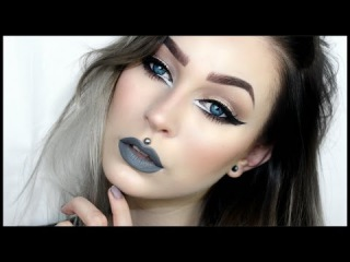 Big Sexy Eyes & Grey Lips | Evelina Forsell
