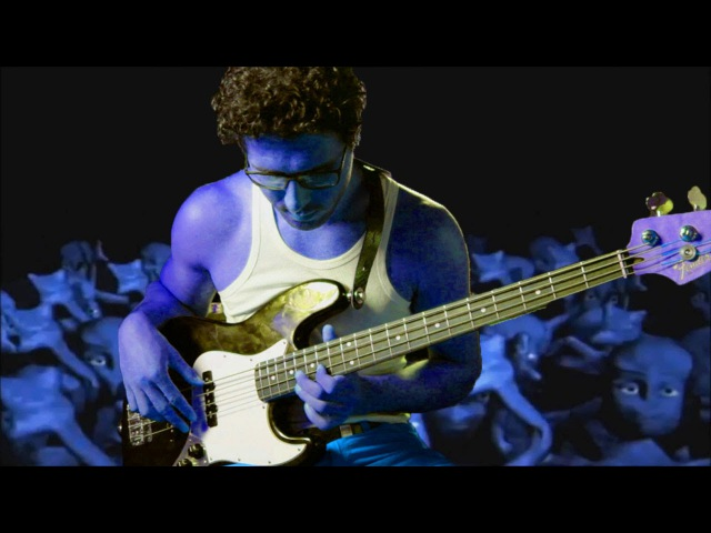 Eiffel 65 - I´m Blue (Bass Cover)