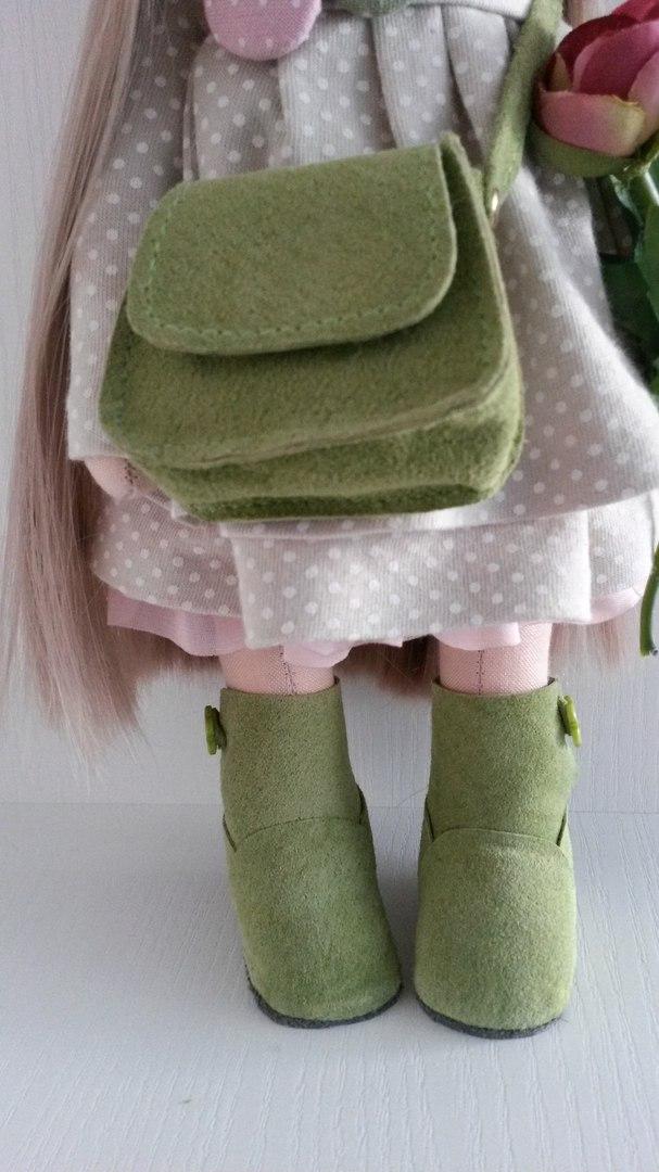 обувь и сумочка для куклы