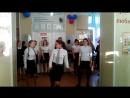 Флэшмоб на День учителя 5.10.2015 школа№90 9-е классы.