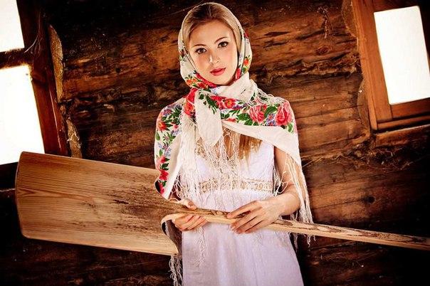 красивые фото девушек в русском стиле