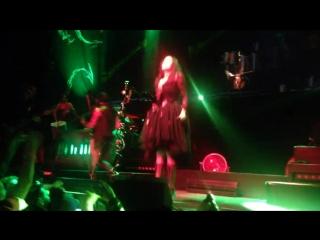 Within Temptation - Covered by roses - BlackXmas - 013Tillburg