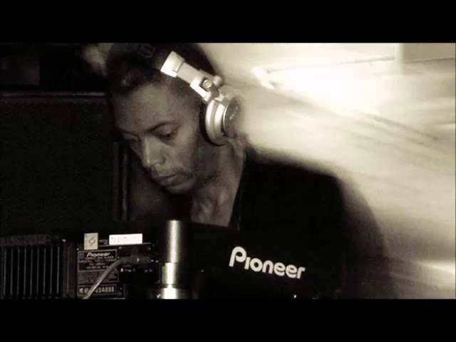Jeff Mills - Essential Mix BBC - Radio 1 - 09.07.2006