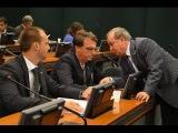 Eduardo Bolsonaro acaba com Paulo Pimenta , defendendo o Pai de não estar envolvido na lava-jato