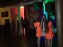 Сегодня выступали в баре Галя и Валя. Пели танцевали. Здесь мы на подтанцовке у Сони Чибисовой с её авторской песней Долететь