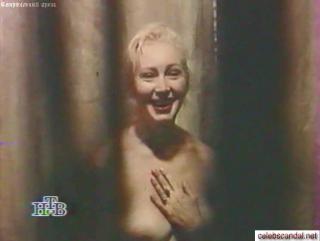 aktrisa-vasileva-golaya