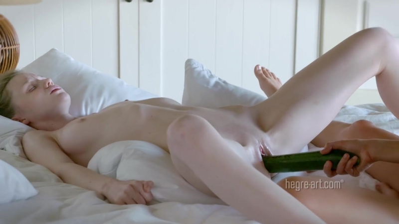 Foto like Emily Bloom Serena Cucumber Loving, Ukrainian