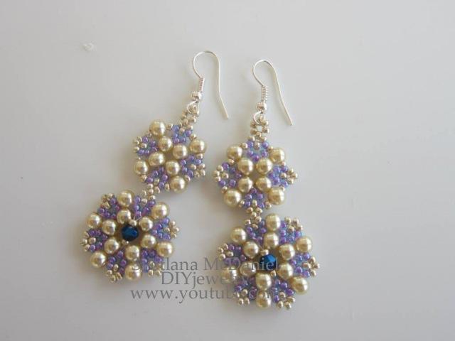 Beaded Earrings . The same pattern Earrings . Серьги из бисера и жемчуга .