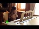 Наталья Поклонская сыграла на рояле в музее Ливадийского дворца в Ялте