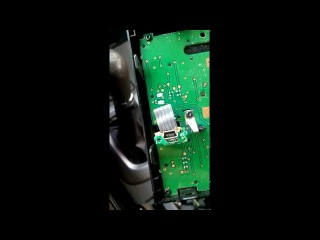 Чери тиго. штатная магнитола. Как вынести USB в бардачек.