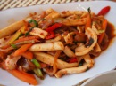Корейская кухня оджино боккым 오징어볶음 или жаренный кальмар
