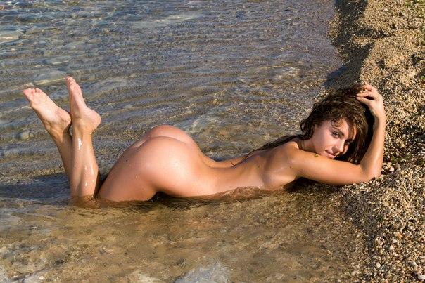 фото голых баб на море