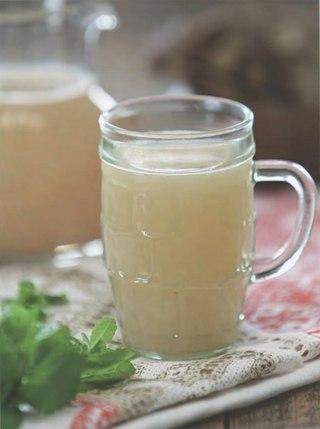 Фото рецепта: Хлебный квас с мятой
