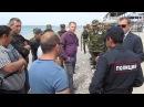 Освобождение пляжей в Евпатории- Гарначук. Хозяева жизни прыгают